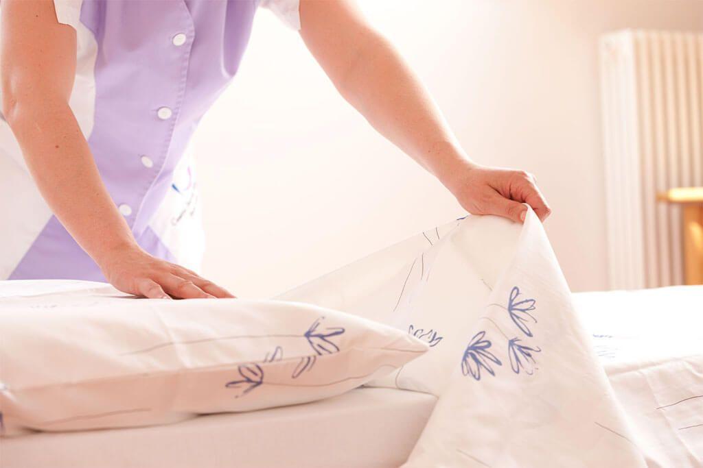 Cambiar con regularidad la ropa de cama