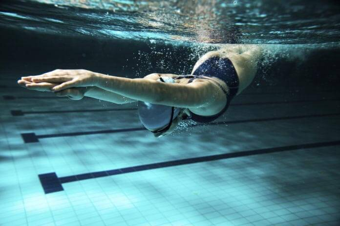 Nadar para ponerse en forma