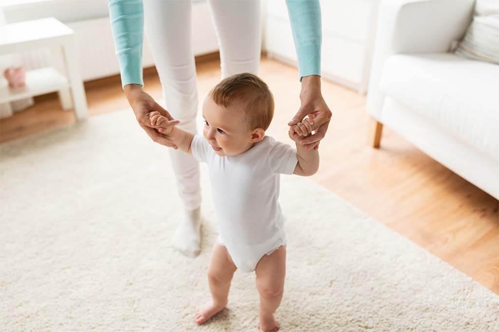 Aprendiendo a camianr a los once meses