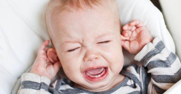 Otitis en bebés y niños