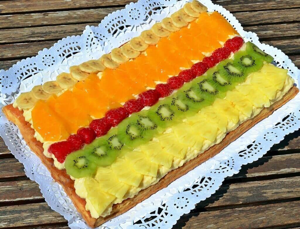 Tarta de crema y frutas, otra opción dulce para diabéticos