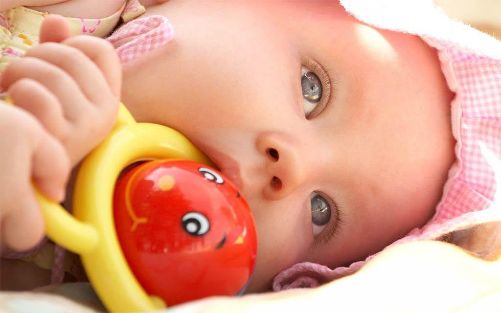 Bebé de tres meses