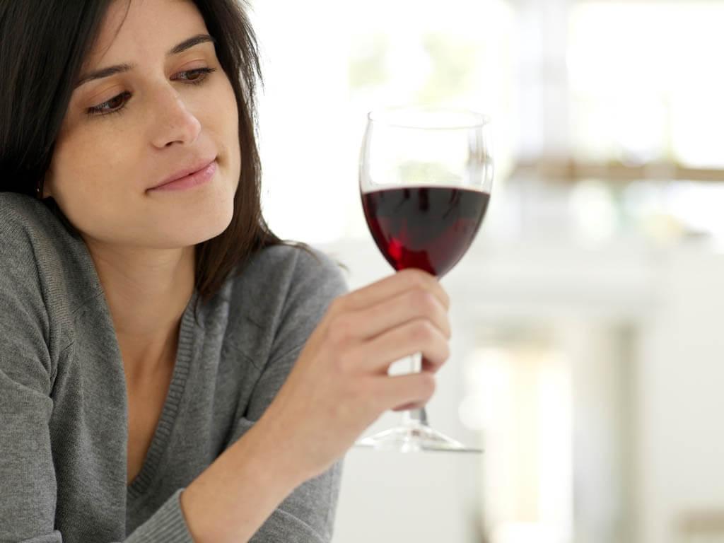Bajar de peso y tomar alcohol, ¿se puede?
