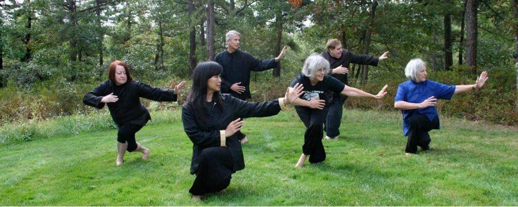 La práctica grupal de tai-chi tiene múltiples beneficios